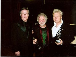 Ray_Reach_Chuck_Leavell_Peter_Wolf_at_2008_BAMAs